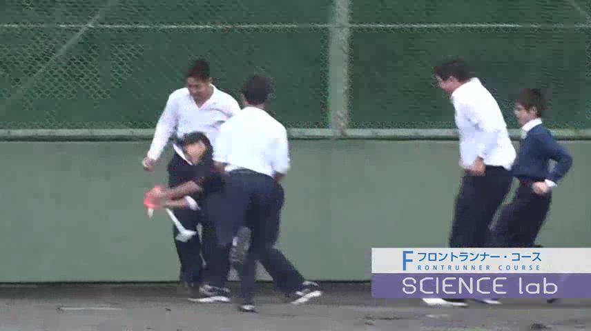 甲南のフロントランナーコースの授業「中学・サイエンスラボ」(ロケットを飛ばそう)